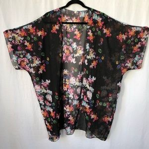 Tops - Kimono Top / Cover-up